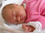 ŠÁRKA VOTROUBKOVÁ potěšila svým příchodem na svět rodiče Petru a Adama  z Vrchovin. Narodila se 19. listopadu 2017 ve 12,41 hodin, vážila 3405 g a měřila 49 cm. Doma má dvouletého brášku Aleška.