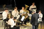 PĚVECKÉ SBORY A ŽESŤOVÁ HARMONIE vítali příchod jara koncertem v hronovském Jiráskově divadle.
