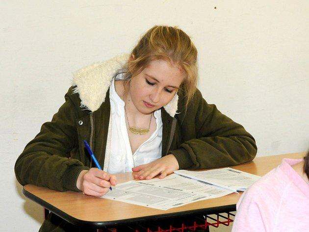 PŘIJÍMACÍ ZKOUŠKY na střední polygrafické škole ve Velkém Poříčí se konaly podle jednotných celostátních testů.