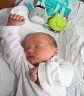 MATOUŠ FRYML poprvé vykoukl na svět 17. prosince 2016 v 01.33 hodin. Klouček vážil 3155 gramů a měřil 48 centimetrů. S rodiči Veronikou a Martinem a s dvouletým bráškou Šimonem jsou z Dobrého u Dobrušky.