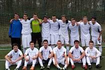 NÁCHODŠTÍ starší dorostenci skončili v České lize U19 po podzimu na devátém místě, když nasbírali 26 bodů.