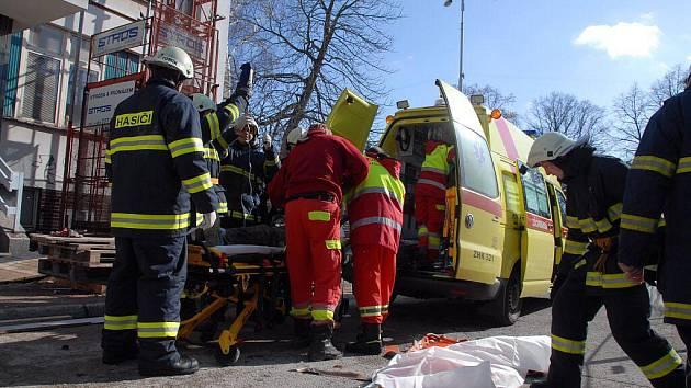 Nehoda na staveništi.