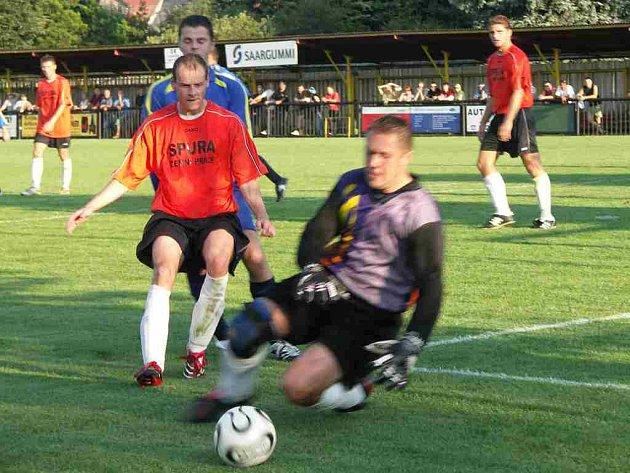 Derby Červený Kostelec - Česká Skalice skončilo vítězstvím domácích 3:1.