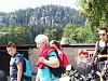 PODLE ZDŮVODNĚNÍ MŽP se obec Adršpach nachází ve velmi cenné části krajiny CHKO Broumovsko. Proto žádost na vyjmutí obce či jejich částí z území CHKO zamítlo.