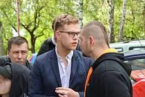 Mladý režisér Petr Hejzlar.