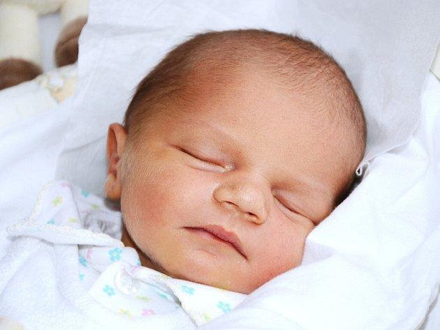 JAKUB JAN FILIP se narodil 31. prosince 2013 ve 23:33 hodin s váhou 3230 gramů a délkou 50 centimetrů. S maminkou Miroslavou Beranovou a tatínkem Janem Filipem mají domov v Náchodě.