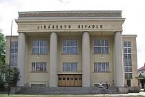 Jiráskovo divadlo.