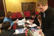 Fiktivní firmy dávají studentům cenné zkušenosti