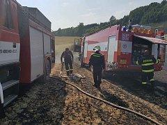 Požár na poli v Bohdašíně.