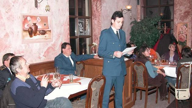 Při  hodnocení letošní hasičské sezóny v Bělovsi vystoupil se svým příspěvkem rovněž člen Sboru dobrovolných hasičů Jiří David.