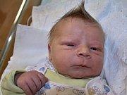 MATYÁŠ WEISS z Bohuslavic se narodil 13. prosince 2016 v 10,23 hodin rodičům Evě a Pavlovi. Klouček vážil 4630 g a měřil 52 cm. Doma má sourozence Petru (12 let) a Adama (8 let).
