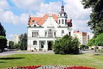 Jaroměřské divadlo, kde se nyní promítají filmy prostřednictvím Kinoklubu.