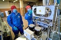 Výroba nanoroušek. Ilustrační foto