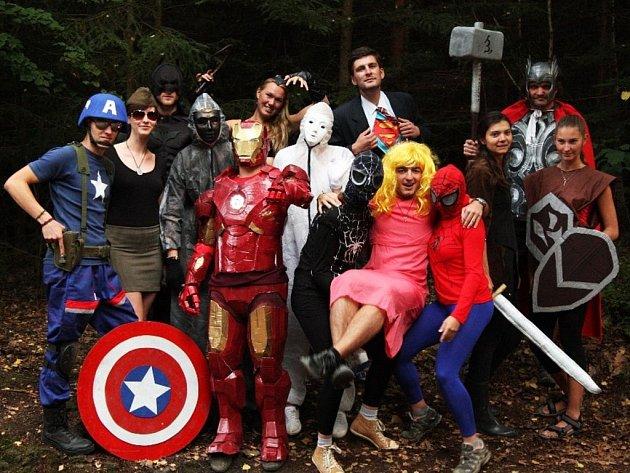 Superhrdinové na táboře Šlápota ve Studánce u Vernéřovic.