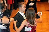 Zahájení tanečních kurzů.