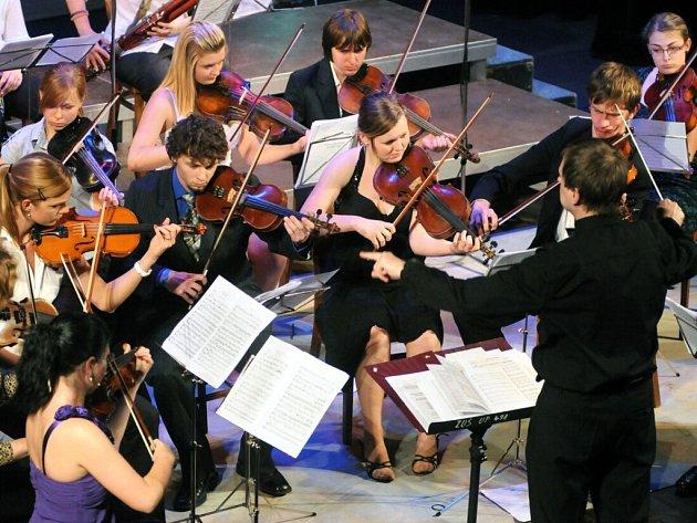 Jarní koncert v Hronově.