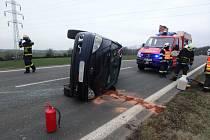 Dopravní nehoda u Červeného Kostelce