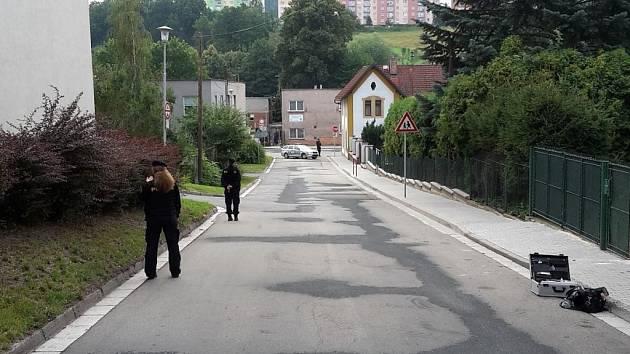 K pobodání ženy došlo v Náchodě v Myslbekově ulici.