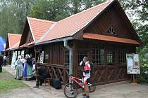 Otevření bývalého kuželníku stojícího vedle někdejšího hostince v Ratibořicích.