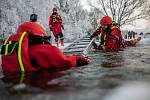 Natrénovanou záchranu už snad novoměstští hasiči letos potřebovat nebudou