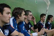 Florbalisté Jaroměře potřebují získat k jistotě účasti v play off dva body ze dvou utkání. První šanci mají dnes proti Plzni.