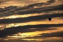 Fiesta 25 horkovzdušných balonů na Náchodsku.