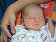 DENIS DEMETER přispěchal na svět 31. srpna 2016 ve 4.51 hodin. Chlapeček vážil 3070 gramů a měřil 49 centimetrů. S maminkou Lucií Demeterovou mají domov v Broumově.