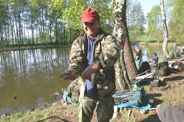 Z rybářské soutěže.