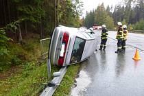Havárie osobního vozidla u Jetřichova.