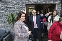 Ministryně Maláčová si nové prostory prohlédla společně s klienty, kteří je stejně jako řada hostů viděli úplně poprvé.