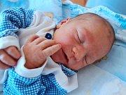MATYÁŠ MALÝ se narodil 17. července 2017 v 03.55 hodin mamince Kateřině Malé z Jasenné. Chlapeček vážil 3065 gramů a měřil 48 centimetrů.