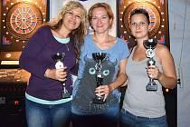 TŘI NEJLEPŠÍ ženy Double Openu. Zleva Dagmar Komorová,  vítězná Alena Gregůrková  a druhá Jitka Hofmanová.