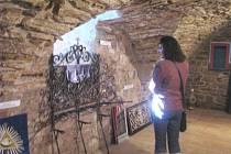 Výstava ve sklepení ratibořického zámku.