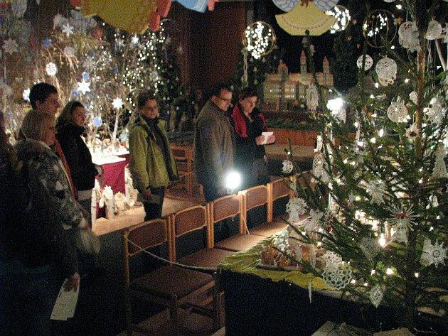Rychnovská výstava betlémů 24. prosince.