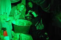 Potštejnský zámek o víkendu ovládnou čarodějnice a další postavy v kostýmech. Nudit se tu určitě nikdo nebude.