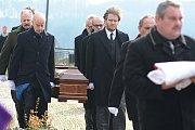 S hraběnkou Kinskou se rozloučily stovky lidí