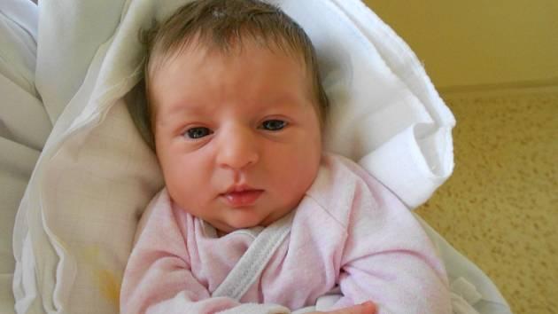 Alžběta Provazníková se narodila 1. října 2019 v 1.39 hodin Lucii a Petrovi. Měřila rovných 50 cm a vážila 3 130 g. Doma v Rychnově nad Kněžnou se z ní těší i sourozenci Vojtík a Eliška. Tatínek u porodu byl a byl velkou oporou.