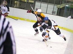 Rychnovská UNET hokejová liga měla na programu úvodní zápasy play off a play out.