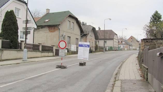Uzavírka silnice v Solnici
