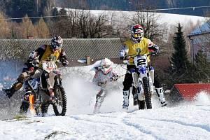 Dramatické souboje nabízí motoskijöringové závody. Nejinak tomu bude v letošní jubilejní dvacáté mistrovské sezoně. V plánu je celkem šest závodů domácího šampionátu.