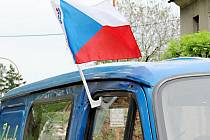 Vlajka a hymna zase až za rok?