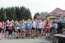 Běh i pochod přes Vlčí jámu měl veliký úspěch.