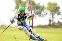STARŠÍ ŽÁK Václav Mačát z TJ Slovan Moravská Třebová (na snímku) po triumfu v Super-G skončil ve slalomu druhý za Martinem Bartákem ze Ski Klubu České Petrovice.