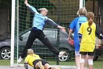 Druhé utkání série o 3. místo v I. lize národních házenkářek Dobruška - Krčín (22:20).