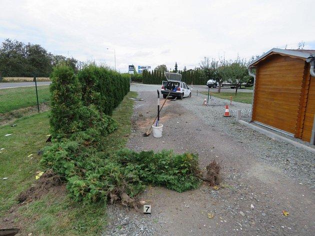 Autonehoda v Ještěticích