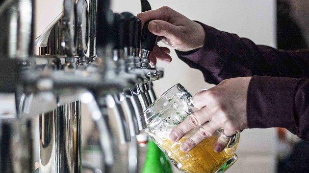 V Neratově provozují malý pivovar.