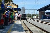 Parní lokomotiva dorazila do Týniště.