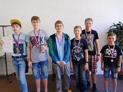 Stříbrný tým žáků rychnovské Pandy (zleva):  P. Cibulka, V. Martyniuk, P. Kačírek, M. Nosál, V.Till a P. Kumpošt.