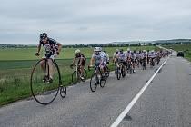 Josef Zimovčák se opět rozjede na tour Na kole dětem. I naším krajem