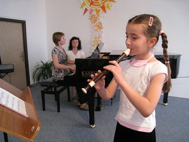 Rychnovská ZUŠ připravila cyklus výchovných koncertů